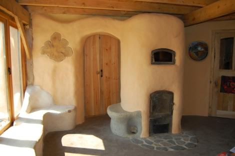 Riedmuller's cob house inside-2